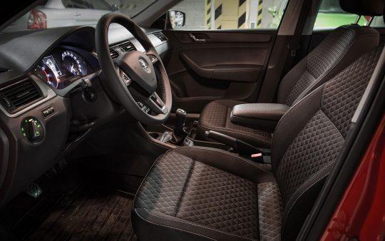 Požičovňa-áut-Škoda-Rapid-Drive-4